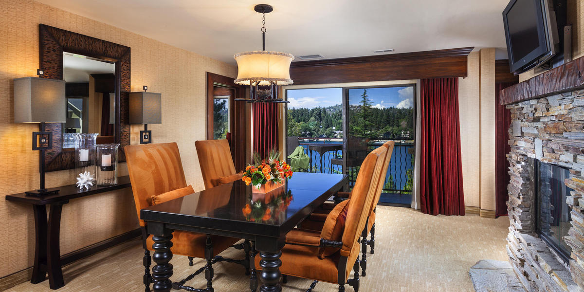Dining area in accommodations at Lake Arrowhead Resort